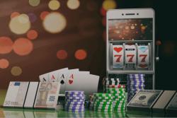 téléphone argent jetons cartes